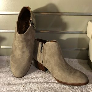 Sam Edelman Booties Gray Size 7